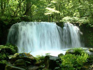 十和田市-十和田湖 奥入瀬渓流 銚子大滝