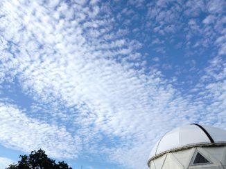 春日市-(奴国の丘歴史公園)秋色の空