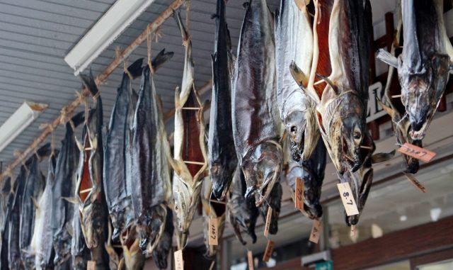 村上市-吊るし鮭