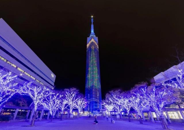 福岡ー福岡タワーのライトアップ