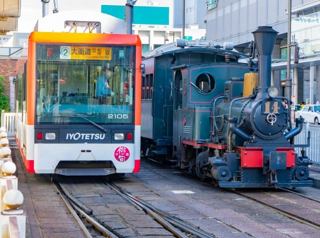 松山-坊っちゃん列車と路面電車