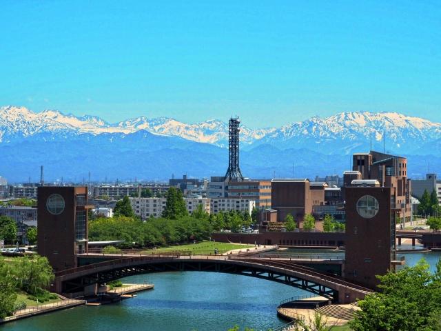 富山ー富山市 富岩運河環水公園