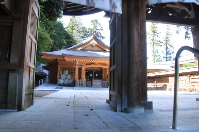 日高市-高麗神社の拝殿