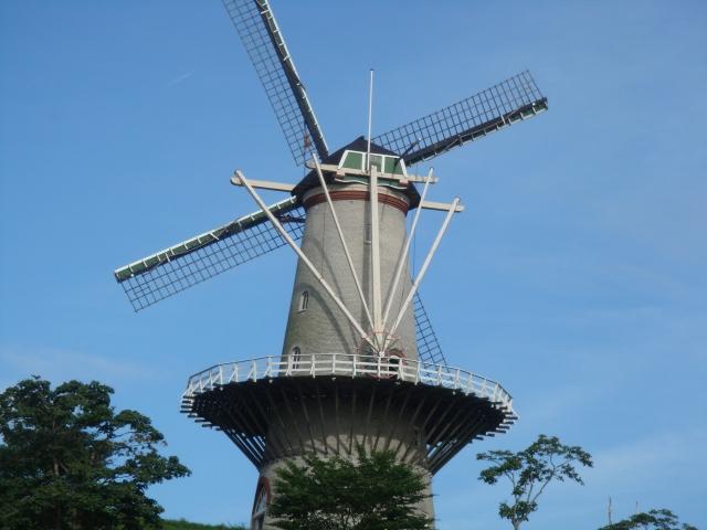 登米市-(長沼フートピア公園)風車