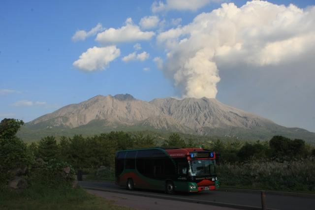 鹿児島-桜島と鹿児島市営バス(桜島アイランドビュー)
